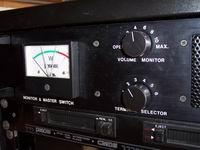 Pannello di alimentazione e monitoraggio - VU-meter danneggiato